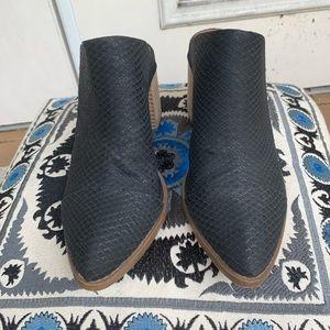 Report Shoes - Report 'Tisha' Block Heel Mules